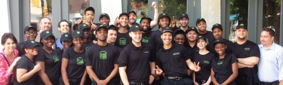 shake-shack-dumbo-staff